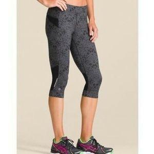 Athleta Cairo Bare to Run Crop Capri Pants XS